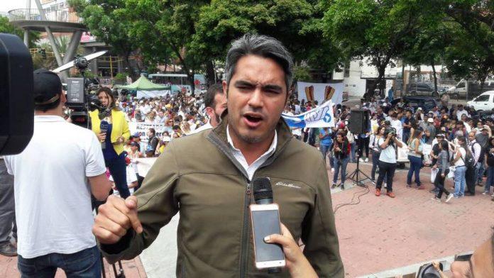 Raúl Isaías Baduel, El Nacional