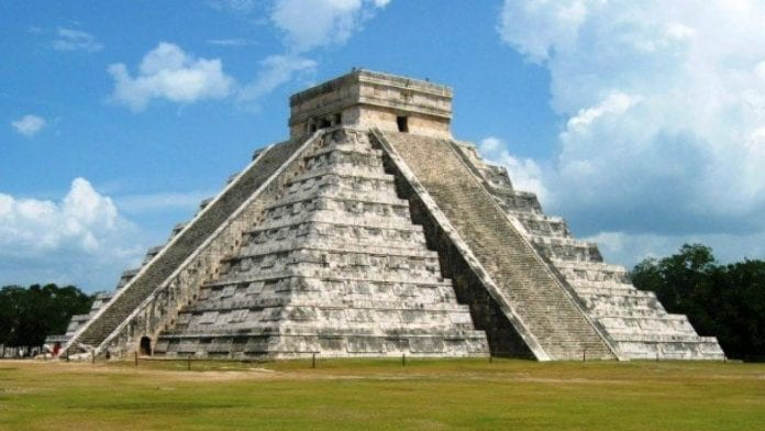 Castillo de Chichén Itzá