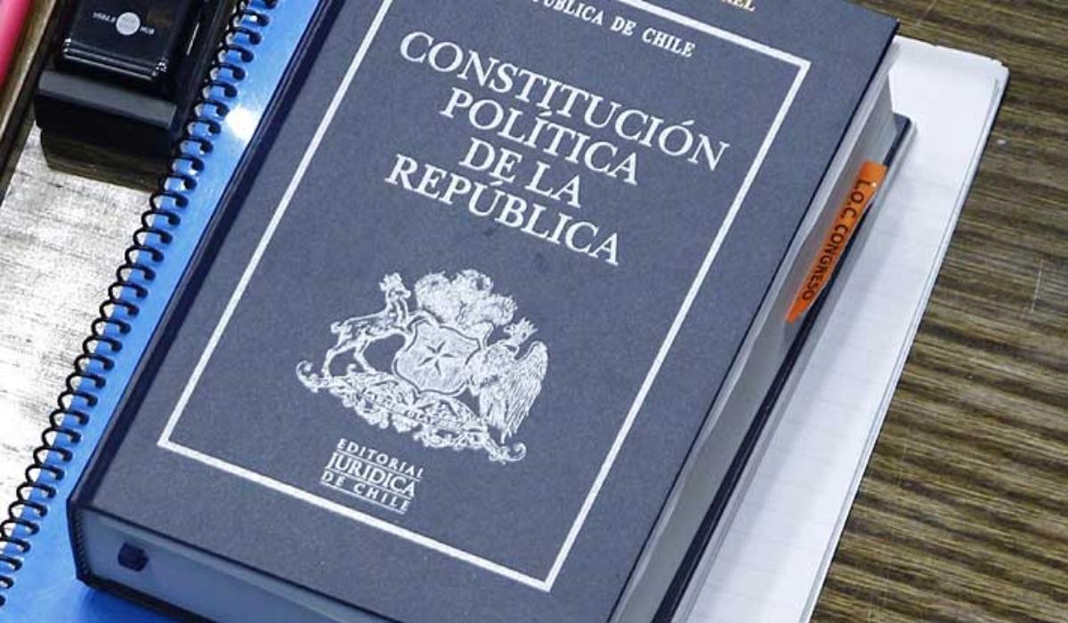 Presidente convoca primera sesión de Convención Constituyente: Será el 4 de julio