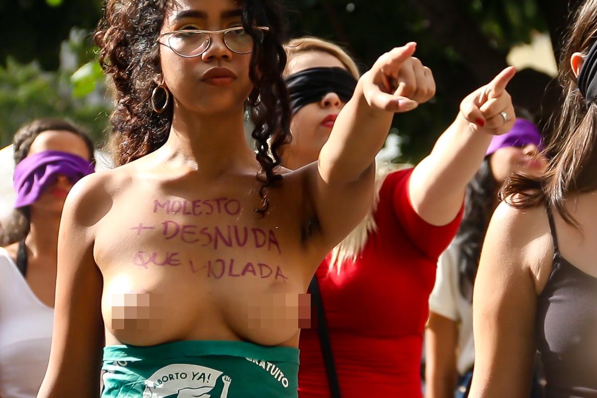El violador eres tú, protesta de feministas en Caracas