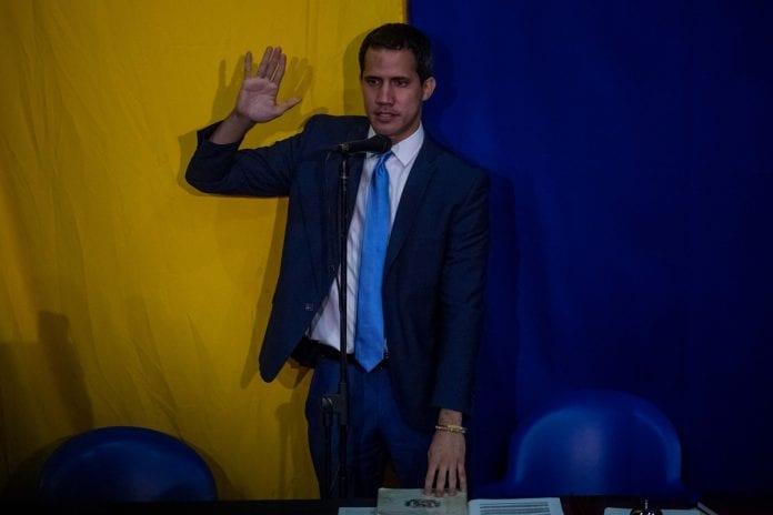 Juramentación de Juan Guaidó dominicana Venezuela
