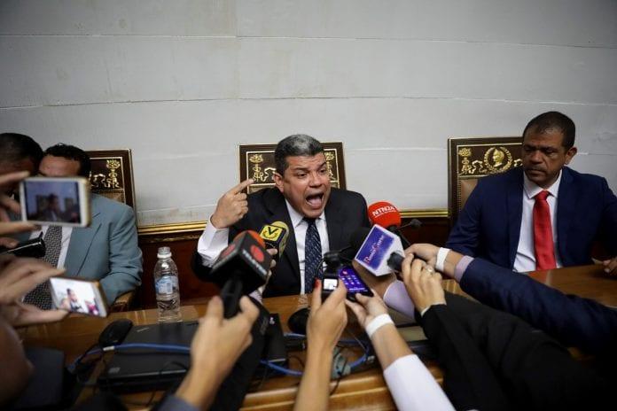 Luis Parra juramentado presidente de la Asamblea Nacional, omisión legislativa