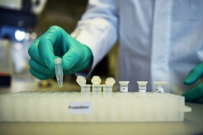 Vacuna coronavirus científico