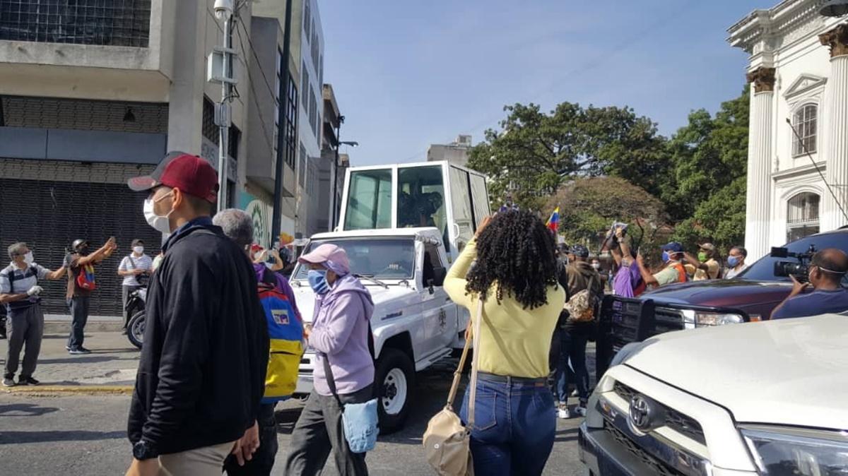 Así recorre el Nazareno de San Pablo las calles de Caracas en plena cuarentena