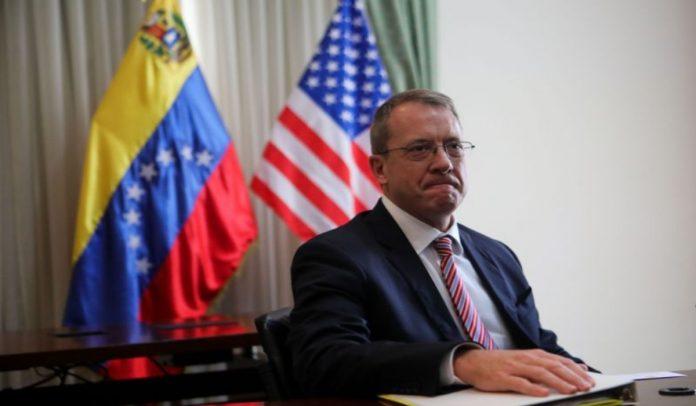 James Story: EE UU está trabajando para bloquear el transporte del oro venezolano a otros países