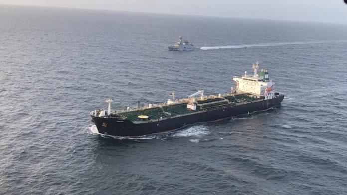 buque iraní Faxón