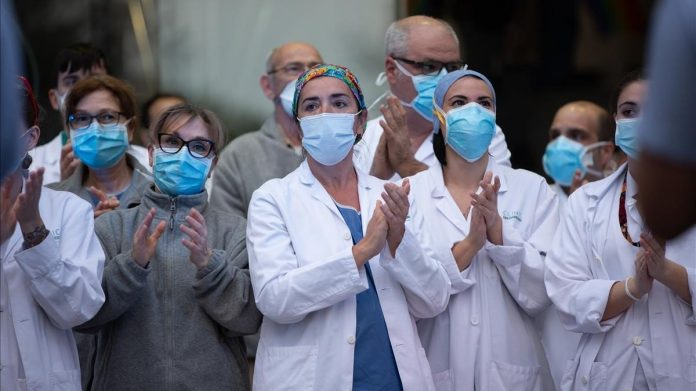 Médicos venezolanos podrían trabajar en el sistema de salud de EE UU