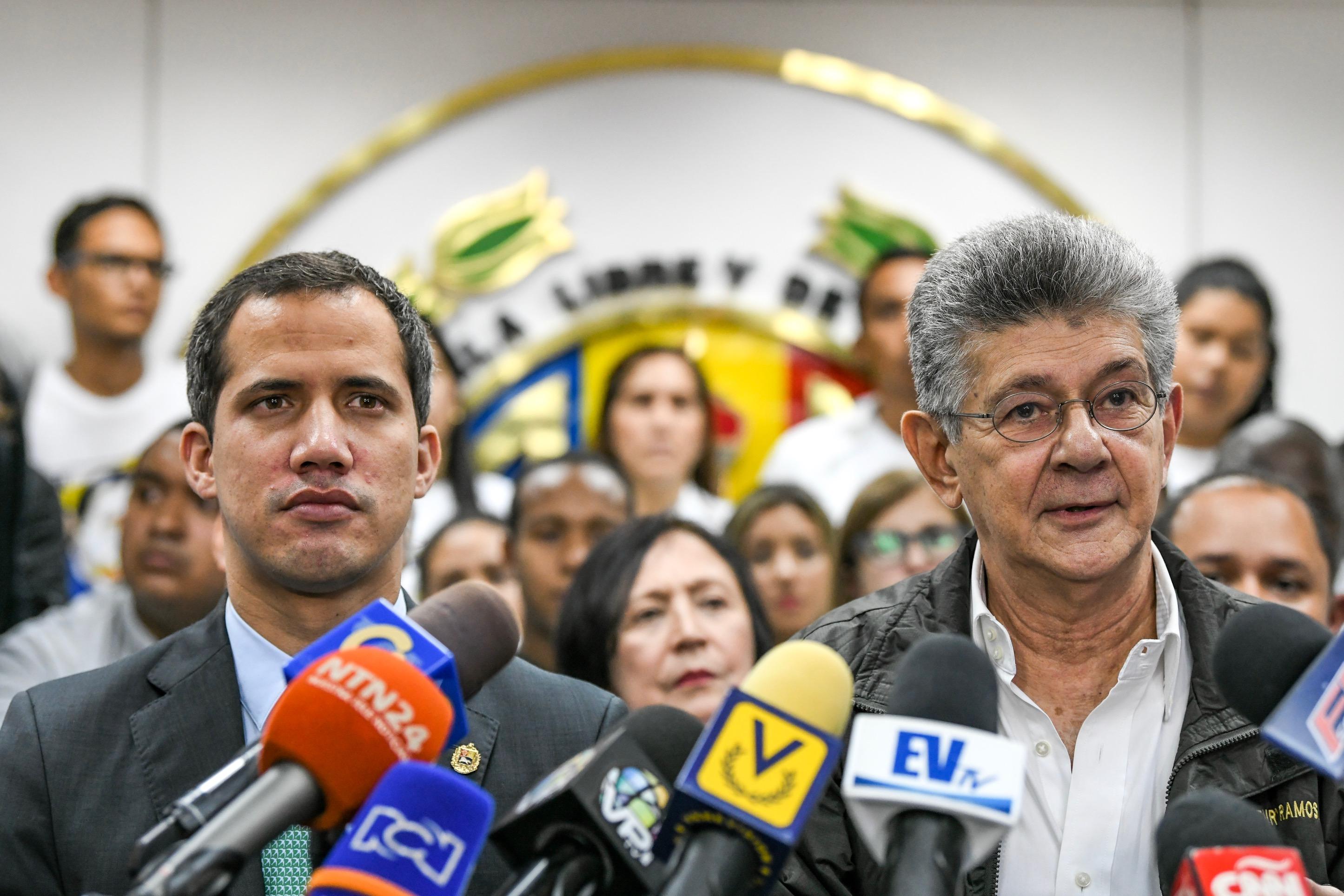 Guaidó reiteró su respaldo a AD y a Henry Ramos Allup