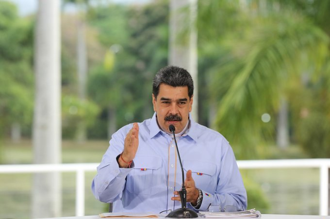 Maduro: Desde el 5 de octubre abrirán las escuelas durante semanas de flexibilización como centro de asistencia pedagógica