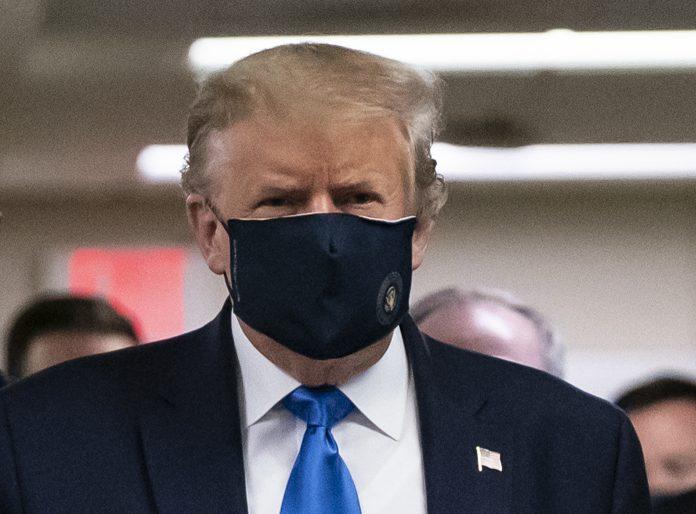 Trump Florida Isaías