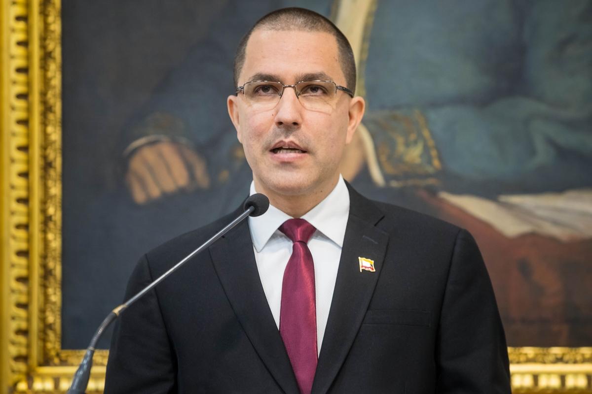 DEA y Cabo Verde alertas por posible plan de fuga — Álex Saab