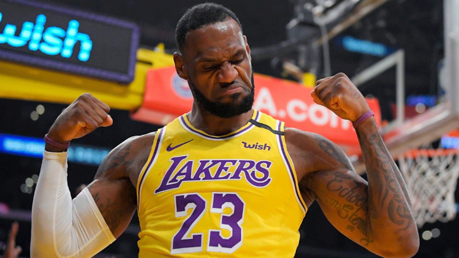 LeBron James brilló y anotó la canasta del triunfo para los Lakers