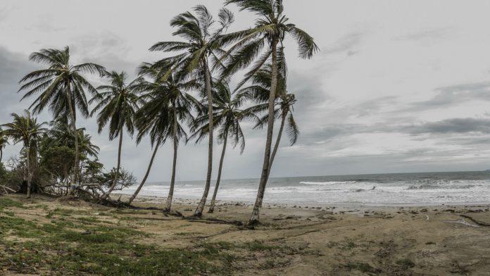 Advierten a los pescadores de Nueva Esparta estar alertas ante el paso de la tormenta Gonzalo este fin de semana