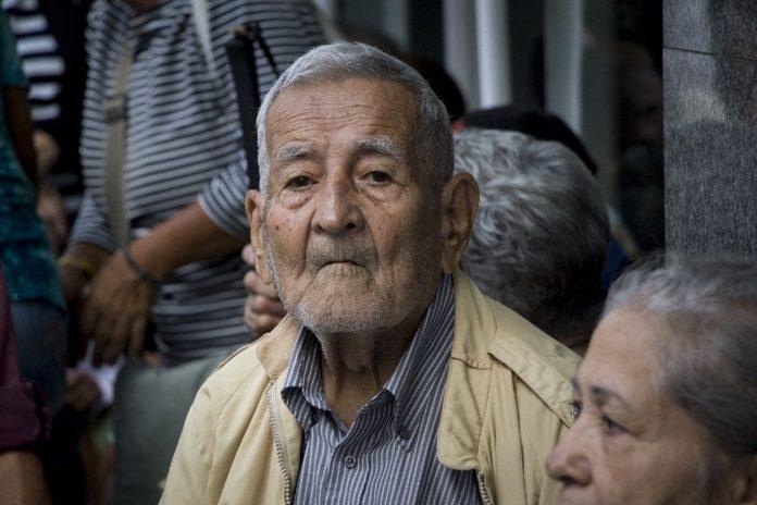 pensionados bono de guerra económica entregado por el régimen, pensión agosto