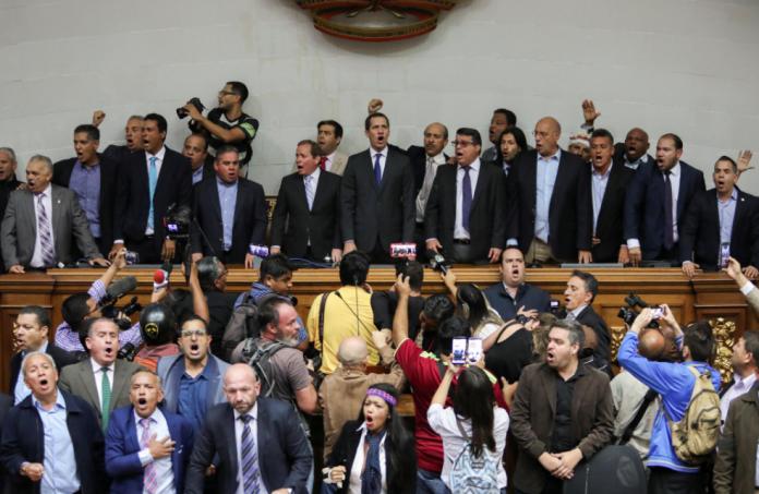 """Esta es la lista de los que integran el """"indulto"""" de Nicolás Maduro"""
