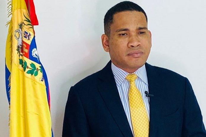 Leocenis García