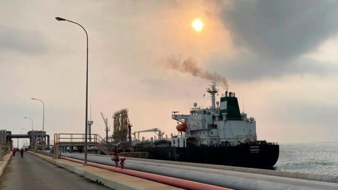 buques de Irán, gasolina