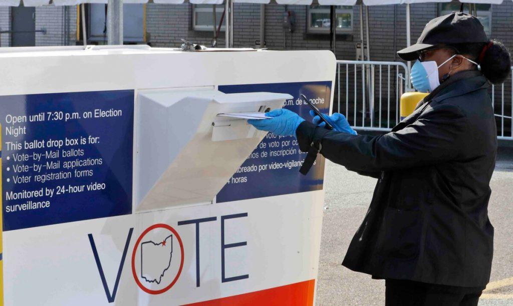 Más de 100 millones de personas votaron de forma anticipada en EE UU
