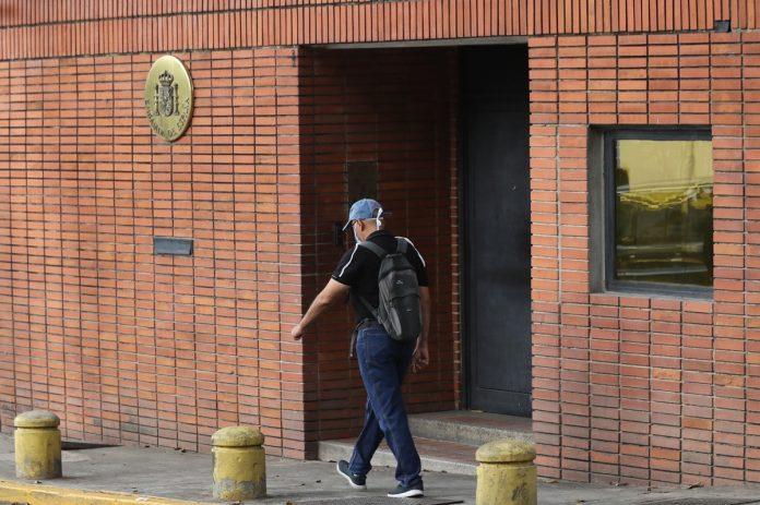 Trabajadores Embajada de España
