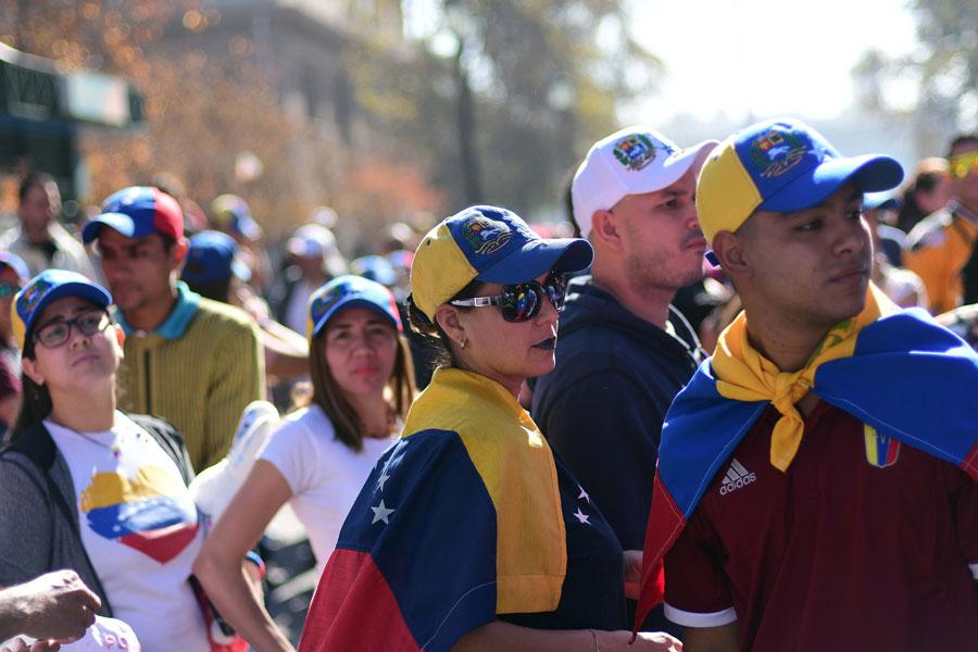 Maduro flexibiliza la cuarentena en diciembre — Venezuela