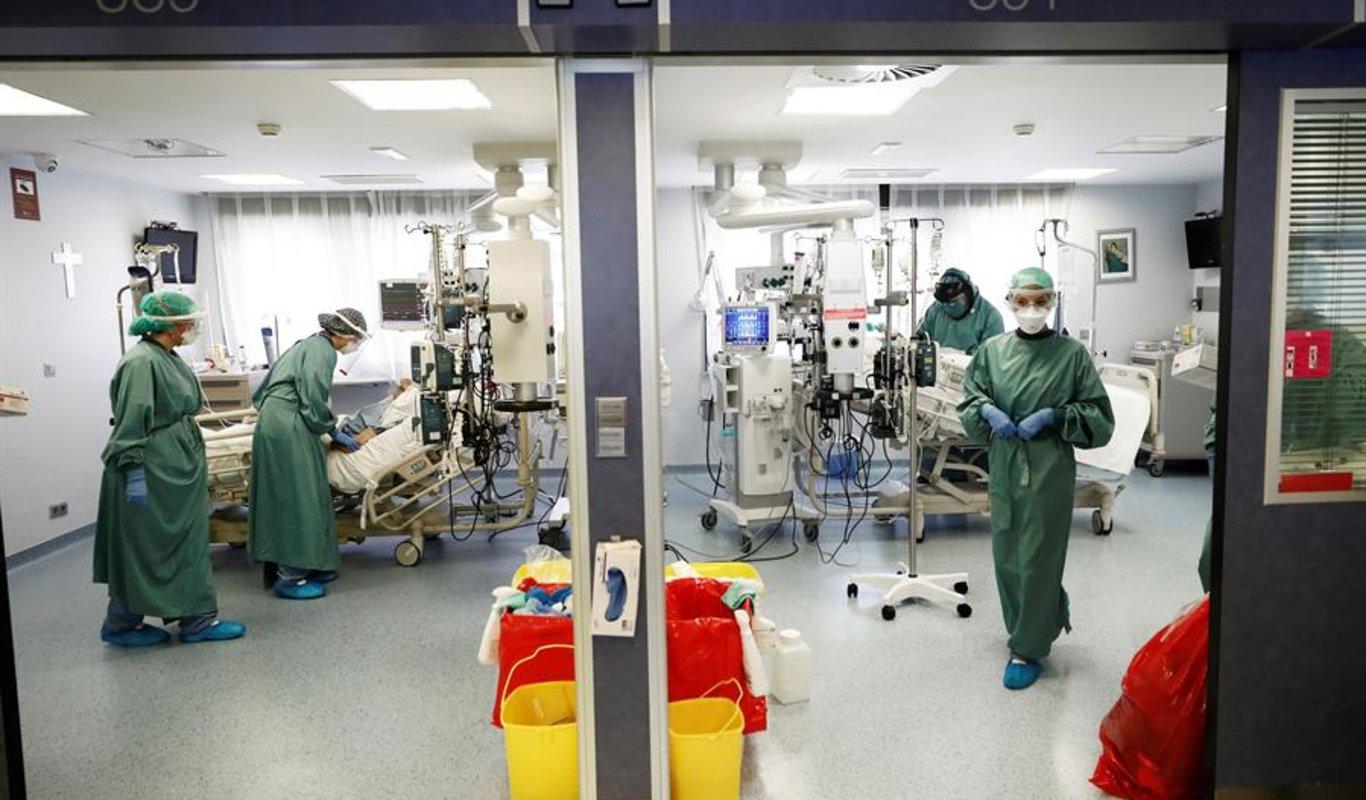 308 muertos, la incidencia acumulada de casos baja de 500 — Coronavirus España