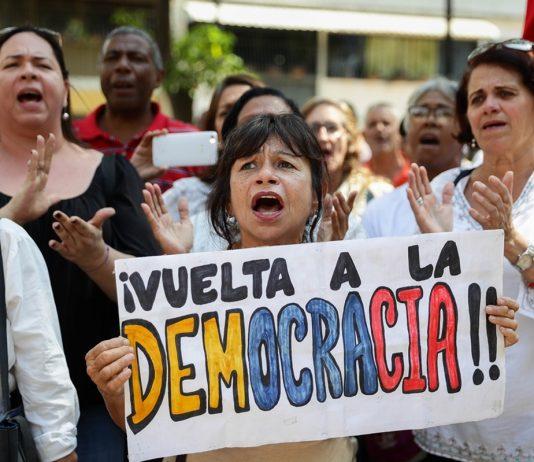 Venezolanos podrán participar en la consulta popular a través de 4 canales, G4