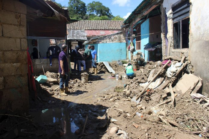 Venezuela acumula tres muertes y miles de afectados por lluvias en noviembre
