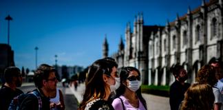 Portugal prevé vacunar a 950.000 personas en una primera fase desde enero