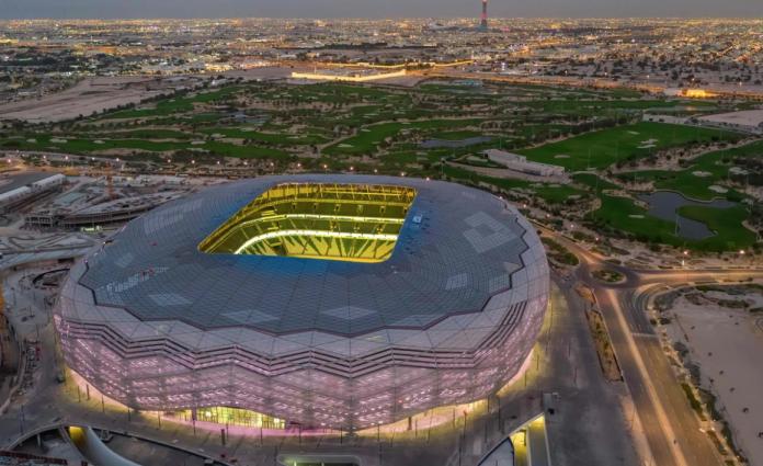 Catar inauguró nuevo estadio con 20.000 espectadores negativos al covid-19