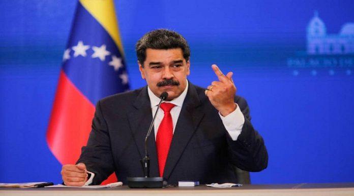 Maduro dijo que se cambió de centro de votación por que planeaban asesinarlo el domingo