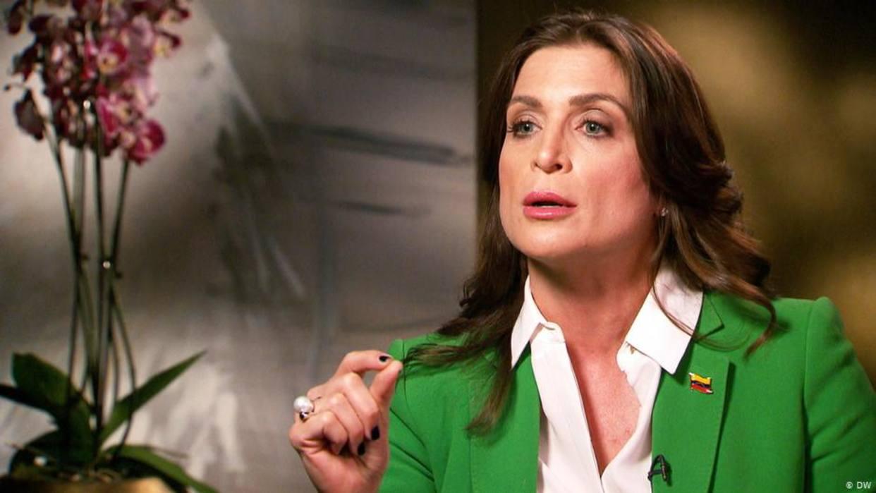 Vanessa Neumann renuncia como embajadora de Guaidó en Reino Unido