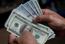 Precio del dólar paralelo en Venezuela continúa a la baja