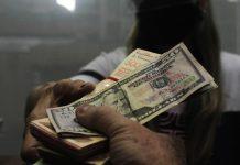 Consecomercio: Dolarización en Venezuela alcanza hasta 80% de las transacciones