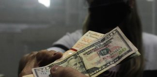 dólar Consecomercio: Dolarización en Venezuela alcanza hasta 80% de las transacciones