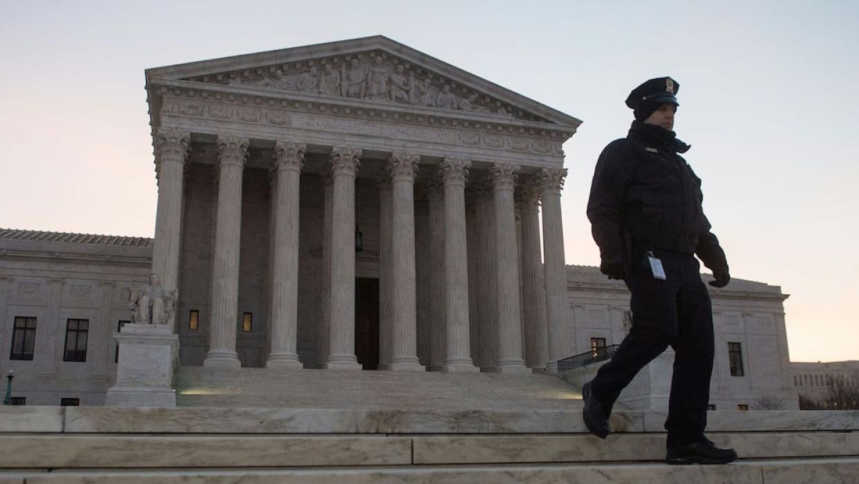 Recibió Corte Suprema de EU amenaza de bomba
