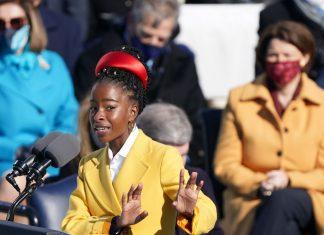 Toma de posesión de Biden: quién es Amanda Gorman, la poeta de 22 años que conmovió al público en la ceremonia