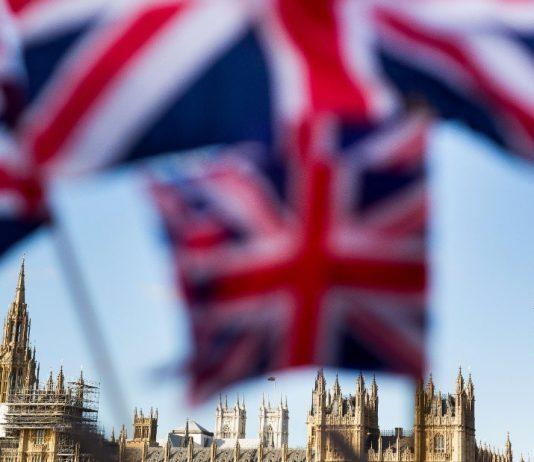 Reino Unido rebasó por primera vez los 1.600 fallecidos por coronavirus en un día