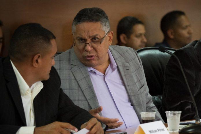 Pedro Carreño sugiere confiscar bienes de opositores para resarcir daños