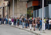Bancos no atenderán al público en sus agencias esta semana