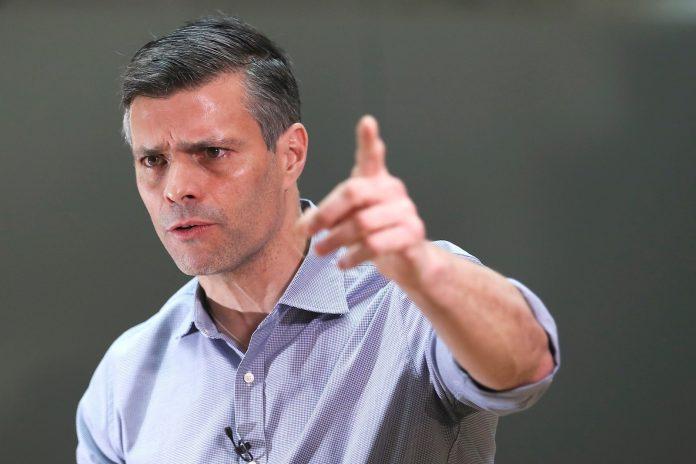 Leopoldo López desmintió que lo multaran en Galicia y confirmó reuniones