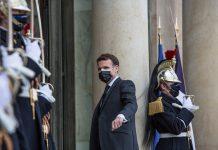 Bruselas apoya la propuesta de Macron de repartir 5% de las vacunas entre países pobres