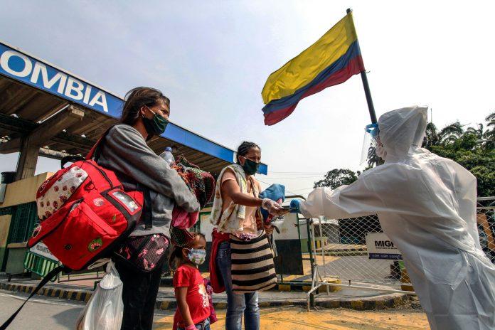 migrantes venezolanos Acnur asegura que regular a los migrantes venezolanos facilitará la inclusión en la vacunación contra el covid-19