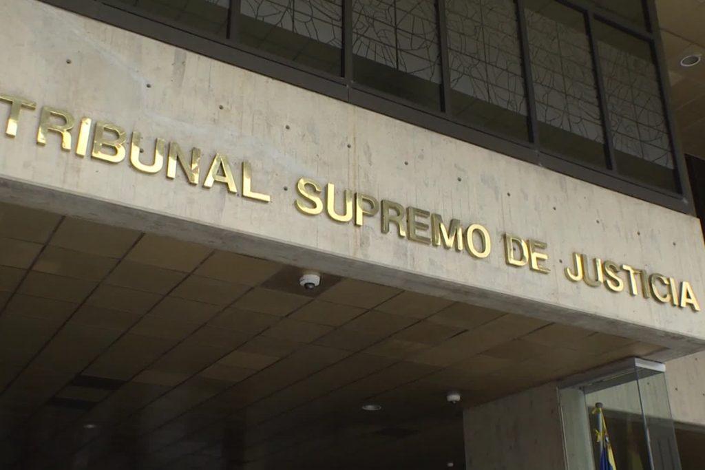 El Nacional, TSJ Frente Nacional Abogados de Venezuela