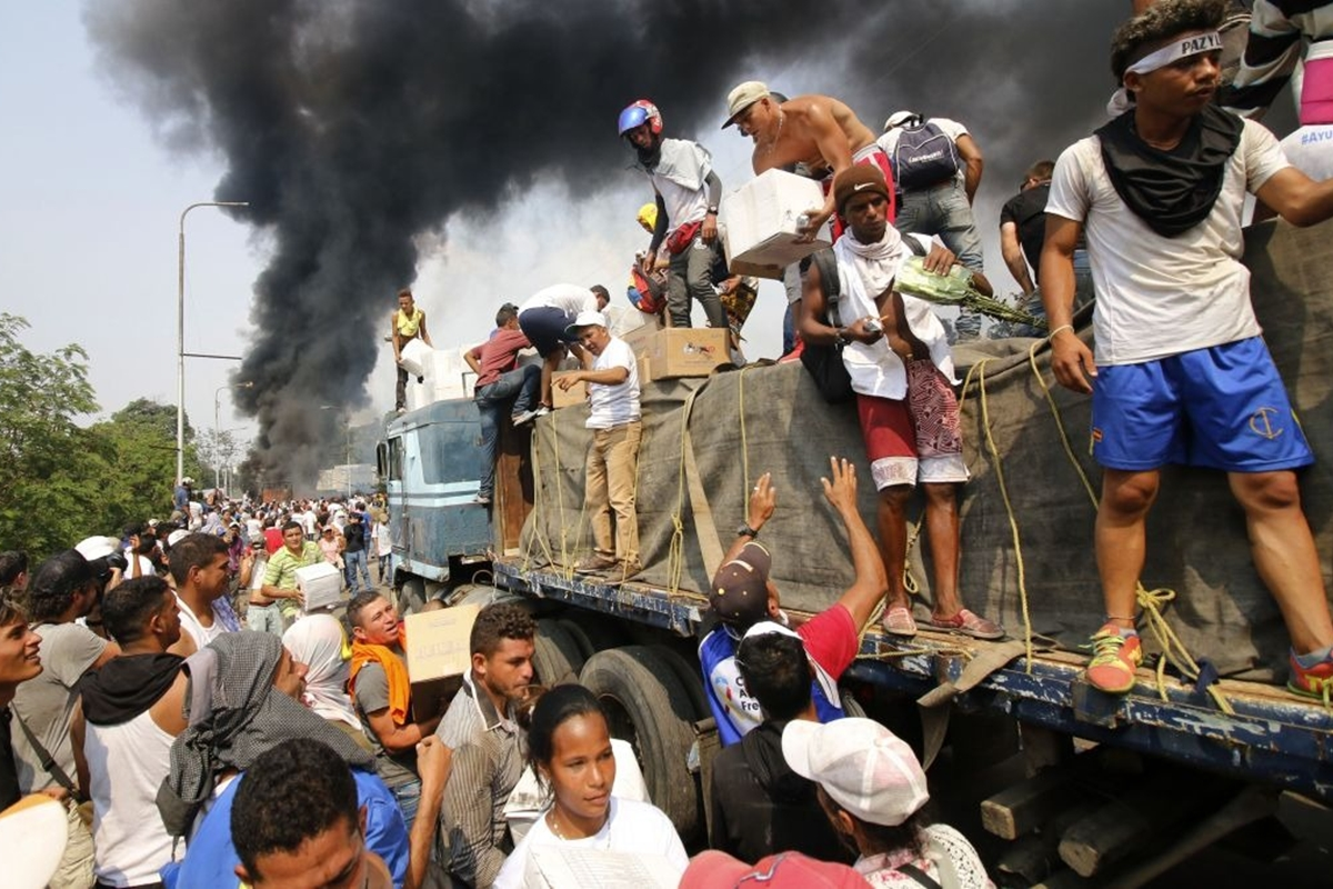 Dos años del incendio de la ayuda humanitaria: la metáfora de Venezuela