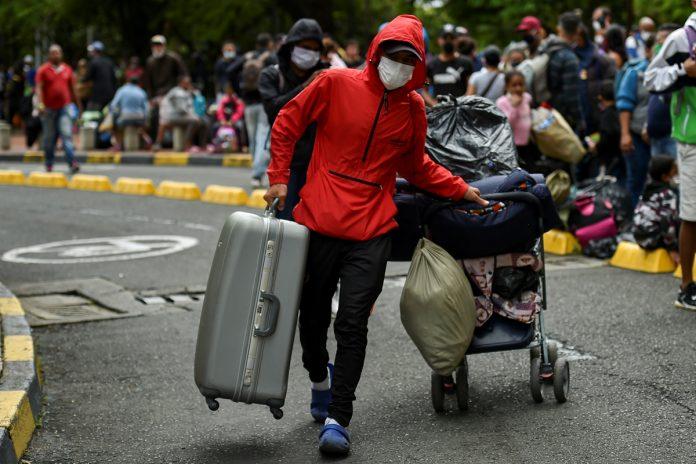 73% de venezolanos cree que regresar al país representa un riesgo