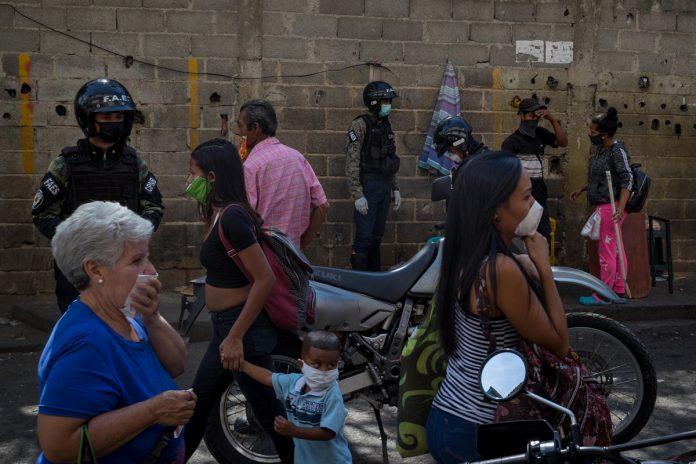 Multas de 700 UT a quienes no usen tapabocas en municipio Sucre