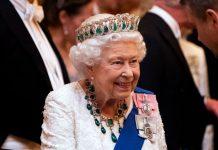 reina Isabel II Reina Isabel II está