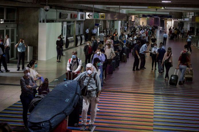 Prevén que en marzo haya más de 200 vuelos disponibles en Venezuela-Pasajeros-PCR