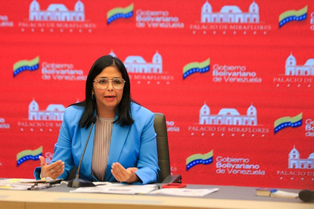 Delcy Rodríguez reiteró que no permitirán el ingreso de la AstraZeneca
