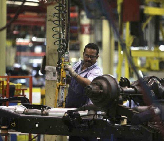 Industrias atraviesan por graves problemas por la escasez de diesel